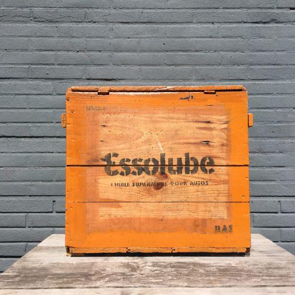 1930's Essolube Huile Pour Autos crate