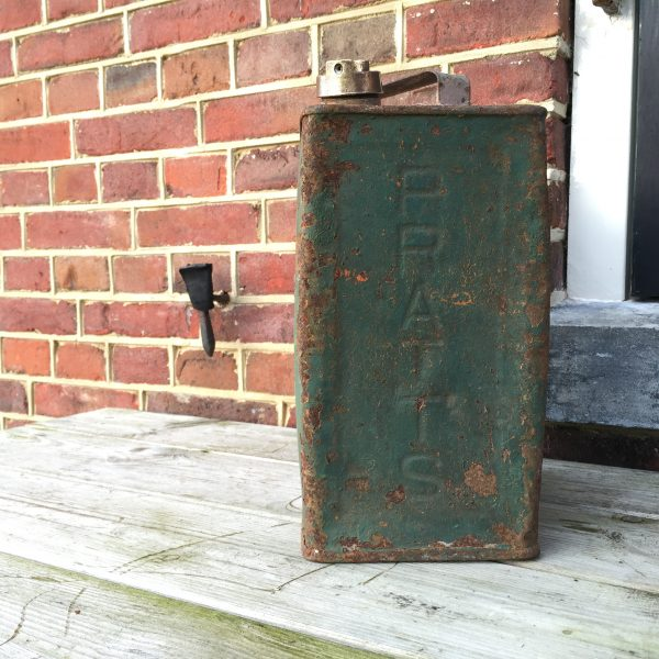 1926 Pratts petrol can