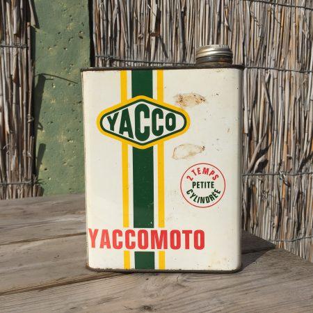 1950's Yacco Yaccomoto oil can