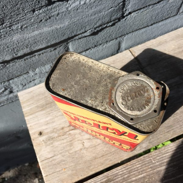 1940's Huiles Renault Stelcyl oil can
