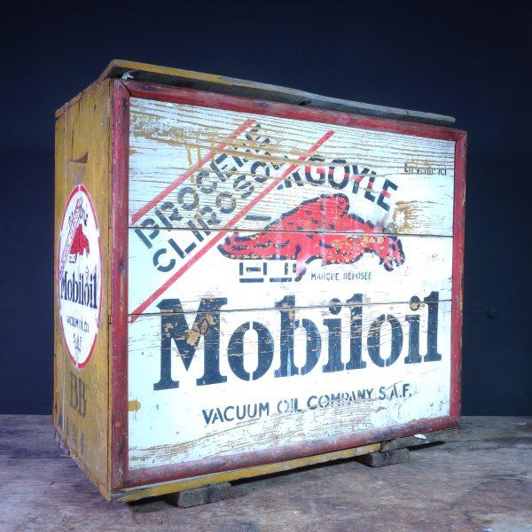 1930's Gargoyle Mobiloil BB Crate