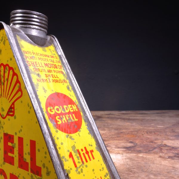 1930's Shell Motor Oil can