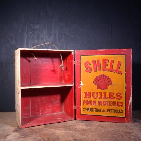 1930 Shell Oil Can Crate