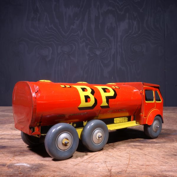 1930 Shell BP Mettoy Tanker Truck Toy