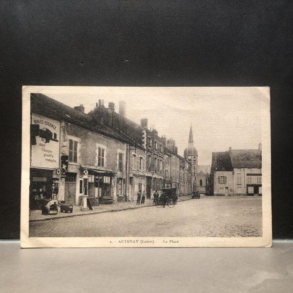 1920 Artenay Loiret Postcard