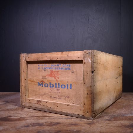 1951 Mobiloil Arctic Oil Can Crate