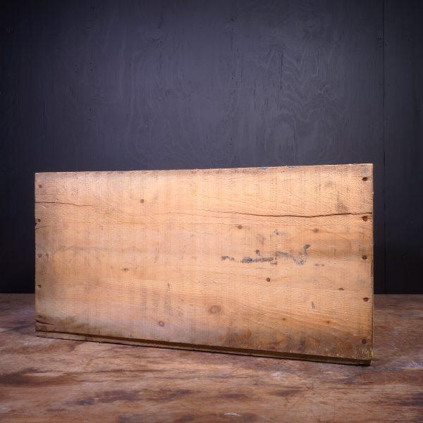 1951 Mobiloil Arctic Oil Can Crate