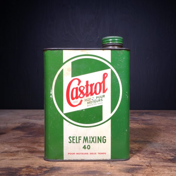 1940 Castrol Self-Mixing 40 Motor Oil Can