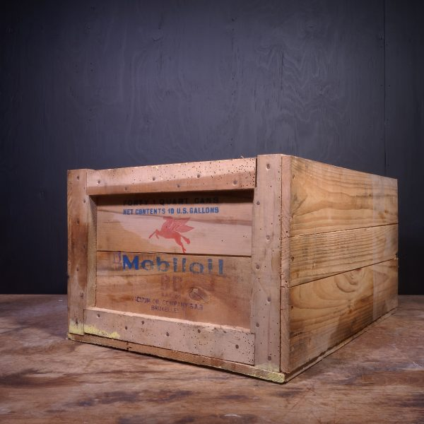 1949 Mobiloil BB Oil Can Crate