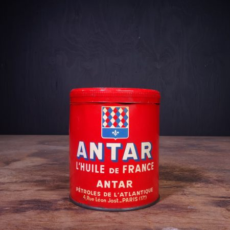 1940 Antar Graisse Grease Can