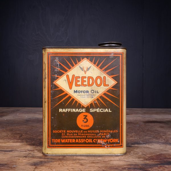1930 Veedol Motor Oil Can